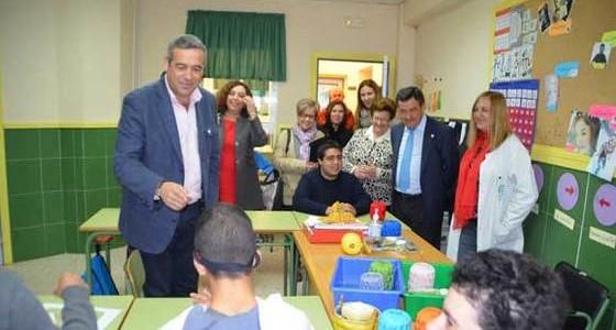 Diputación renueva su colaboración con Parkinson Bahía de Cádiz y Afanas San Fernando