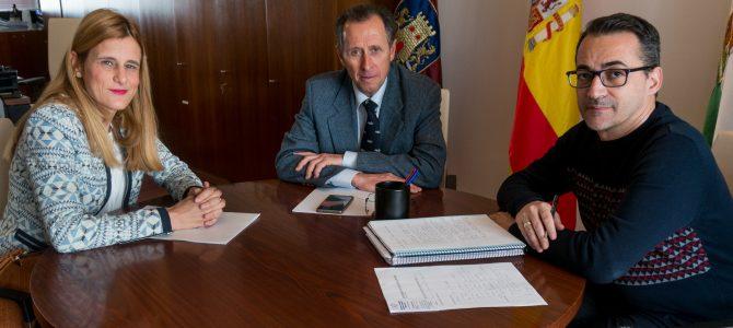 Reunión con el Alcalde de Chiclana José Mª Román