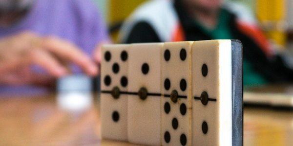 Juegos de mesa como terapias en Párkinson