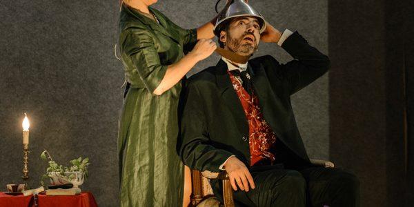Conferencia teatralizada El Don de la Intuición, una historia sobre Párkinson
